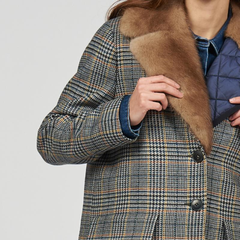 Wool & cashmere coat with a fur vest