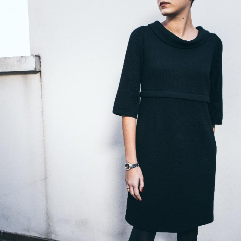 DIVISIBLE-DRESS BLACK DOUBLE WOOL CREPE 40
