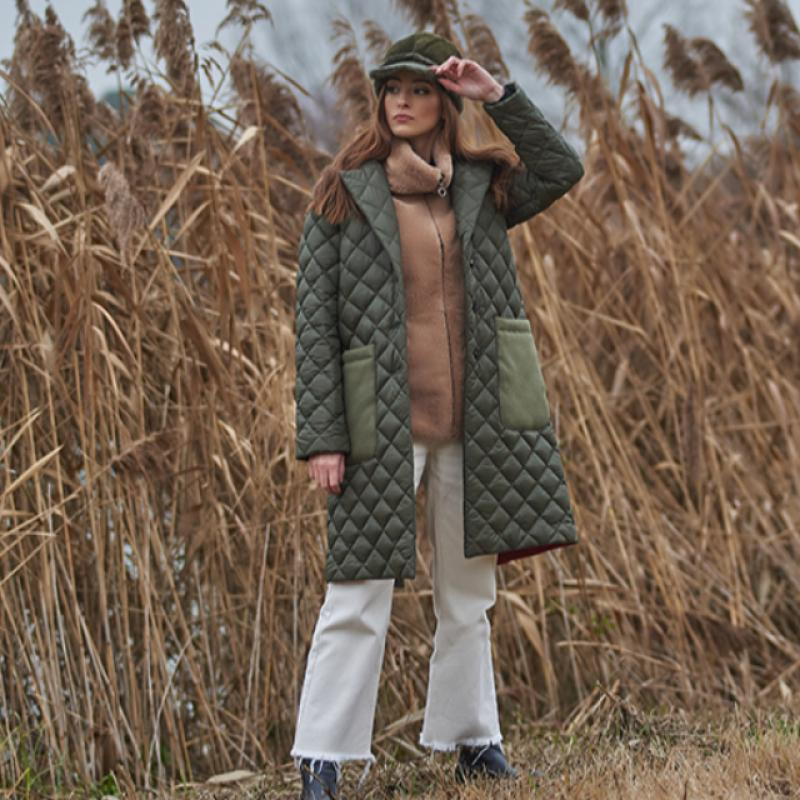 Quilted coat with wool pockets