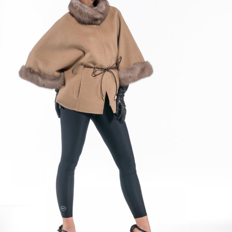 Beige-Eqru Cashmere Jacket with Baumarten Trim