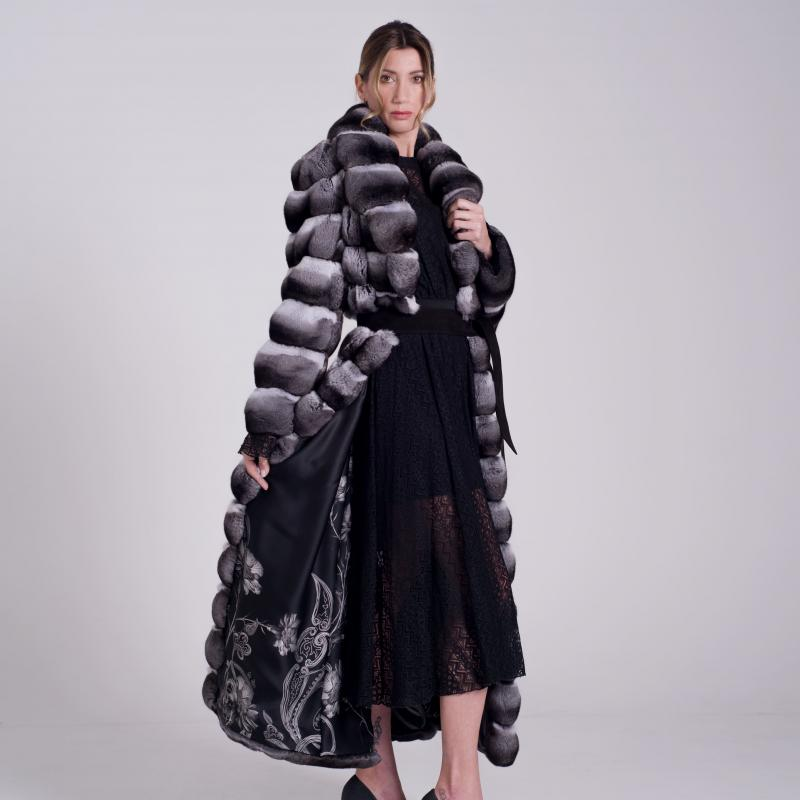 Long Fur coat in natural Chinchillà